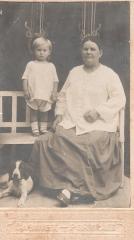 Янько Костя, 2 года с собачкой Джеком и бабушка Лена