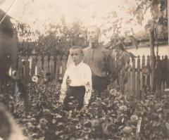 Левочка с папой (Янько Иваном Ивановичом)