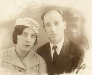 Прикрепленное изображение: Знаменские Шура и Юрий - 1930_1.jpg