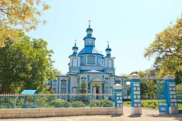 Прикрепленное изображение: Церковь Рождества Пресвятой Богородицы в станице Лысогорская.jpg