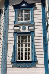 Прикрепленное изображение: Наличники окон фасада Богородицкой церкви в станице Лысогорская.jpg