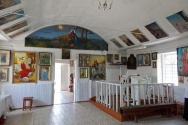 Прикрепленное изображение: Вид на притвор Архангельского молитвенного дома в станице Незлобная.jpg