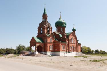 Прикрепленное изображение: Новая Михаило-Архангельская церковь в станице Незлобная_1.jpg