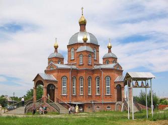 Прикрепленное изображение: Храм Святой Троицы в с.Краснокумском.jpg