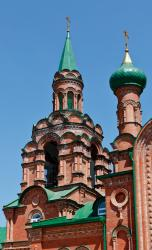 Прикрепленное изображение: Колокольня новой Михаило-Архангельской церкви в станице Незлобная.jpg