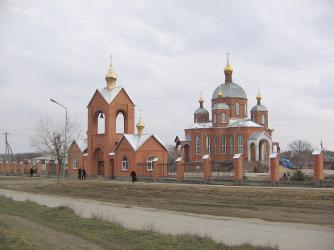 Прикрепленное изображение: Краснокумский храм Св.Троицы.jpg